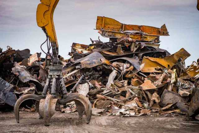 Deal With Your Scrap Metal in The Most Responsible Way